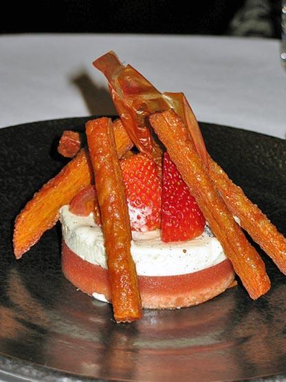 Десерт из каштанов маракуйи и