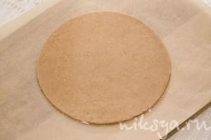 Хрустящее песочное тесто с корицей для тортов