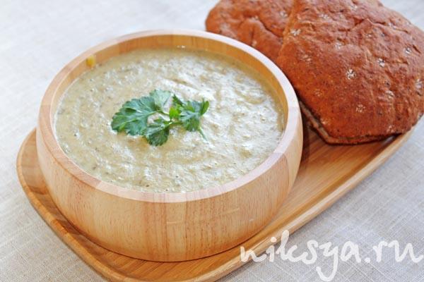 кухни белые классика фото