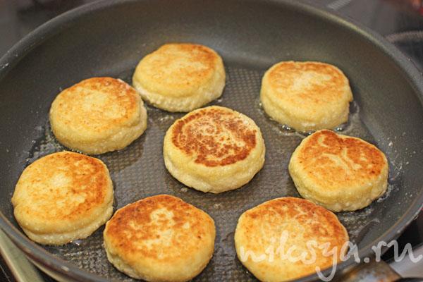 Жареные сырники рецепт с пошагово