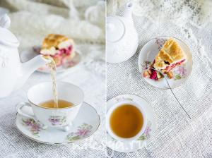 Пирог с ревенем и малиной