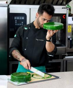 """Диего и будущий торт """"Бразилия"""""""